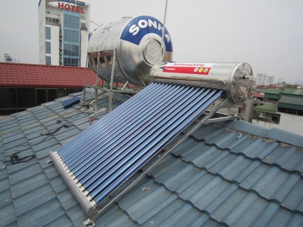 lắp đặt thái dương năng trên mái tôn, mái ngói